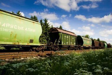 Pernai mažėjo keleivių ir krovinių srautas Rusijos geležinkeliais