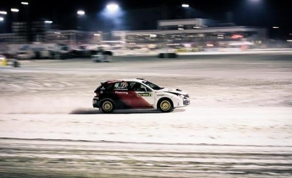 Žiemos ralyje Žemaitijoje lenktyniaus beveik pusšimtis ekipažų