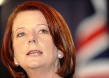 Australijos premjerė Gillard išlieka valdžioje, užsitikrinusi nepriklausomų deputatų paramą
