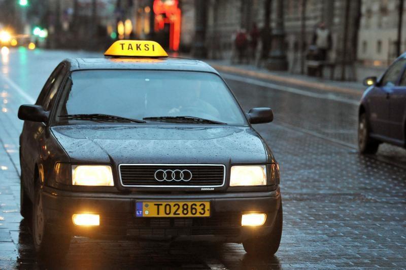 Vilniuje svarstoma palikti tik vieną taksi numerį