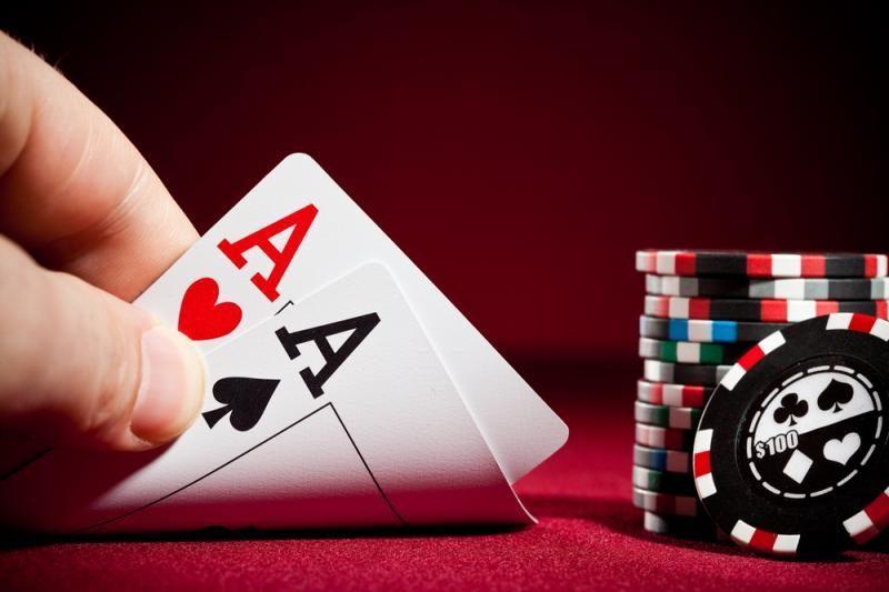Pajamas deklaruoti privalo ir pokerio žaidėjai