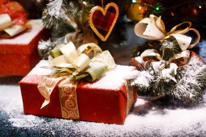 Lietuviai dažniau dovanų ieško internete, o perka parduotuvėse