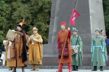 Prie Valdovų rūmų vaidinami žymiausi lietuvių mūšiai