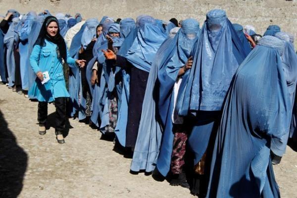 Vilniuje rengiamas Afganistano moterų rankdarbių aukcionas