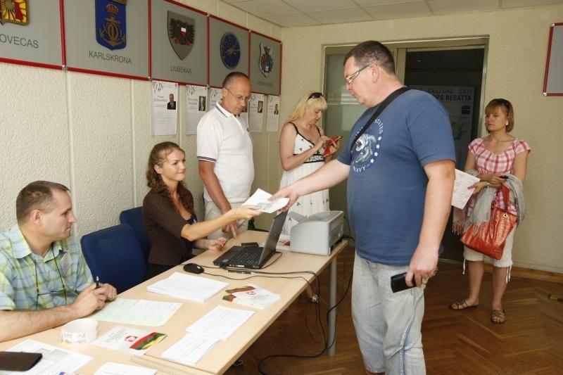 Seimo rinkimai: iš anksto balsavo 132 žmonės