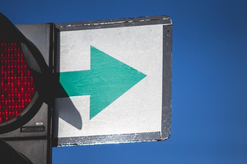 """Šviesoforų įrengimo taisyklės leidžia įrengti """"žalias rodykles"""""""