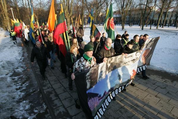 Vilniaus savivaldybė: kovo 11-osios eitynių organizatoriai nusižengė taisyklėms