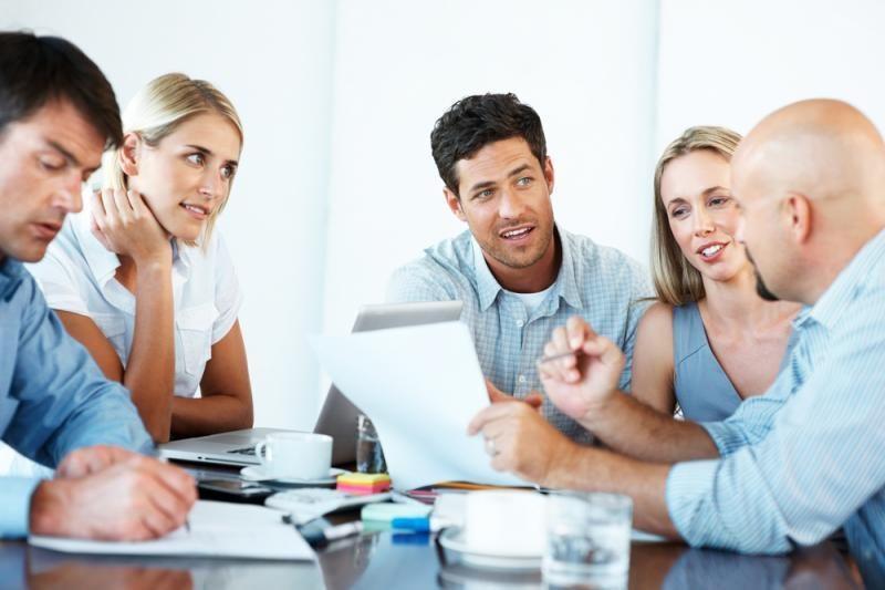 Darbuotojai patenkinti darbu ir vadovu, bet norėtų didesnės algos