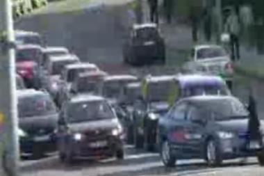 Karas keliuose: įžūlūs vairuotojai Vilniuje (video)