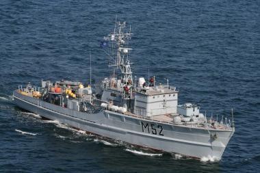 Lietuvos laivas ieško minų Latvijos vandenyse