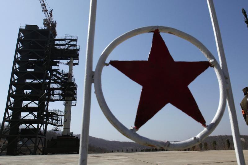 JAV ragina Šiaurės Korėją liautis grasinus branduolinėmis atakomis
