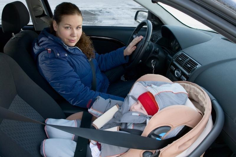 Lietuvos vairuotojai pradėjo labiau rūpintis vežamais vaikais