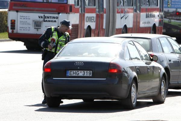 Per savaitę nustatyti 2 722 leistino važiavimo greičio viršijimo atvejai