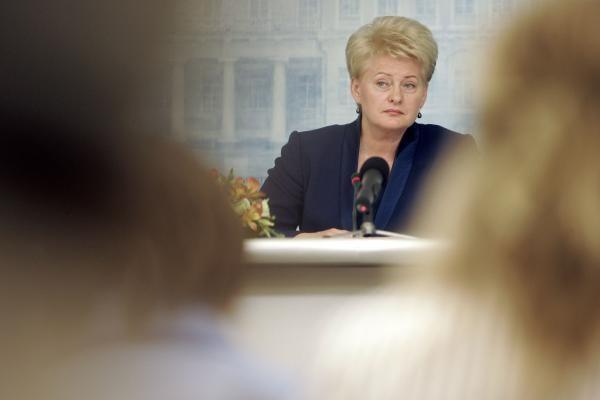 Ministro kalbos apie galimą išlaidų kompensavimą - tebuvo kalbos, teigia Prezidentė