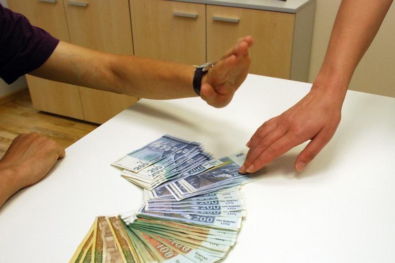 Panevėžietis iššvaistė daugiau kaip milijoną litų