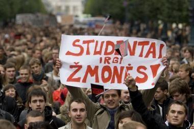 Studentai skundžiasi aplaidžiais dėstytojais