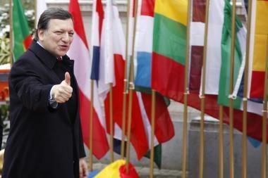 ES pažadas išgelbėti Graikiją įtikino ne visus
