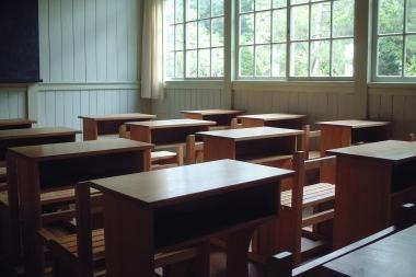 Nešildomose mokyklose paankstintos atostogos