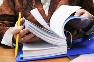Opozicija surinko parašus komisijai dėl galimo politikų kišimosi į teisėsaugos veiklą sudaryti