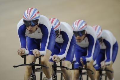 Persekiojimo lenktynėse greičiausi - britai