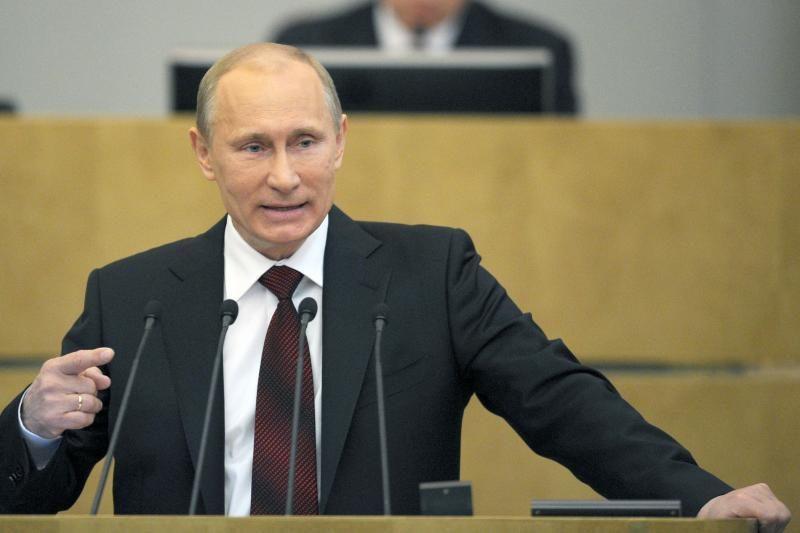 """V.Putinas: užsipuolė """"nekonstruktyvią"""" ES prieigą dėl """"Gazprom"""""""