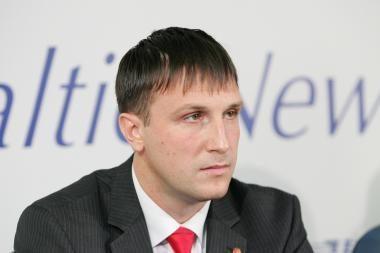 R.Petrauskas prašys Seimo naikinti A.Sacharuko neliečiamybę (papildyta)