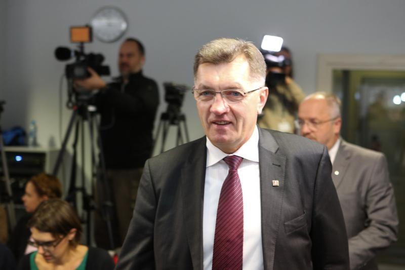 A. Butkevičius: negalima nusižengti ideologiniams partijų principams