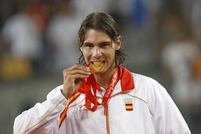 R.Nadalis tapo tenisininku Nr. 1