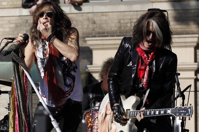 """""""Aerosmith"""" dėl saugumo sumetimų atšaukė koncertą Indonezijoje"""