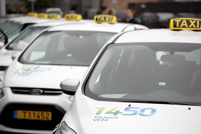 Vilnius neilgai vežė: taksi automobilių liks tik keletas?