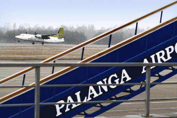 Palangoje sumažėjo keleivių, deramasi dėl naujų krypčių