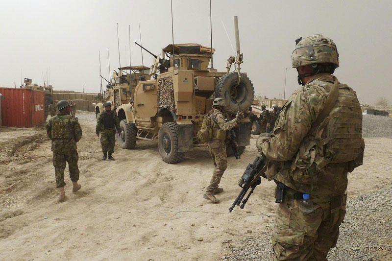Amerikiečio žudynės atnaujino debatus dėl pasitraukimo iš Afganistano