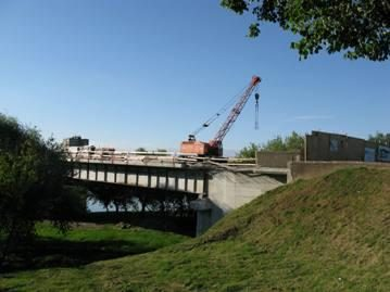 Tęsiami tilto rekonstrukcijos darbai