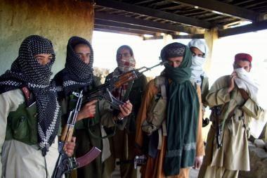 Nauja talibų taktika Afganistane: pagrobti du JAV kariai
