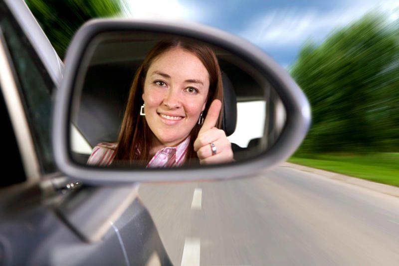 Kokius automobilius vairuoja moterys?