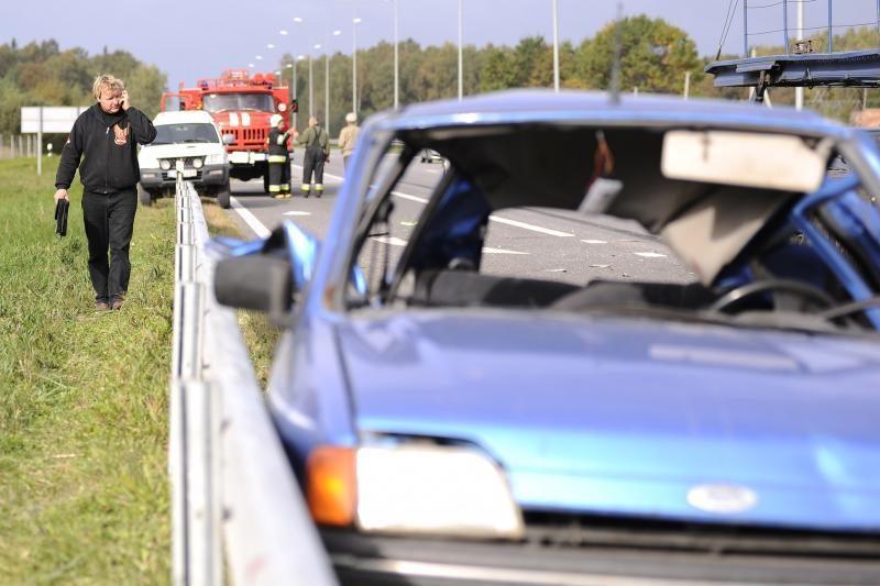 Kruvinoji statistika: per savaitę Lietuvos keliuose žuvo trys žmonės