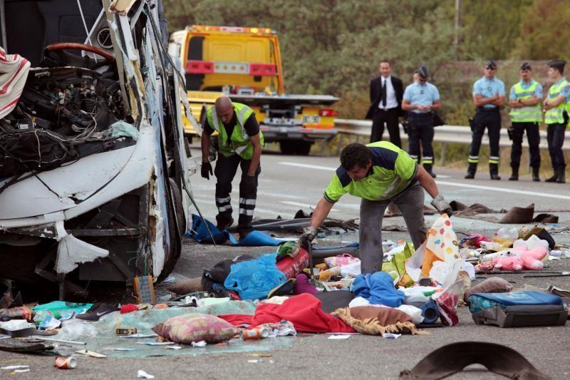 Prancūzijoje apvirto autobusas: žuvo vienas, sužeista 40 žmonių