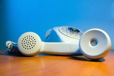 Vartotojai bus informuojami apie apgaulingą prekybą telefonu