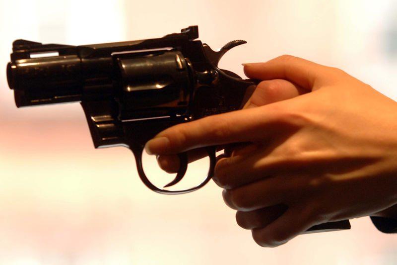 Policija gaudė ginkluotu plėšimu įtariamus nepilnamečius