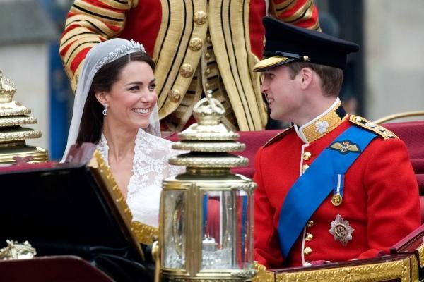 Princas Williamas per savo vestuves prisiminė mamą