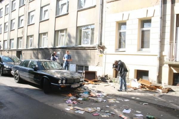 """Dvi paras siautėjęs """"Vilniaus brigados"""" narys atsidūrė psichiatrijos ligoninėje (papildyta)"""