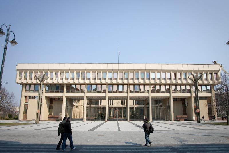 Pranešimas apie užminuotus Seimo rūmus nepasitvirtino