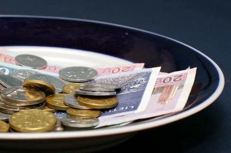 Prekybininkai nepatenkinti bankų įkainiais