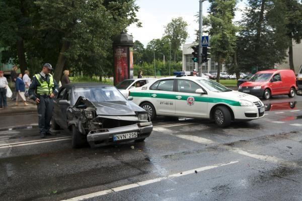 E.Masiulis: šiemet Lietuvos keliuose - 28 proc. mažiau žuvusiųjų
