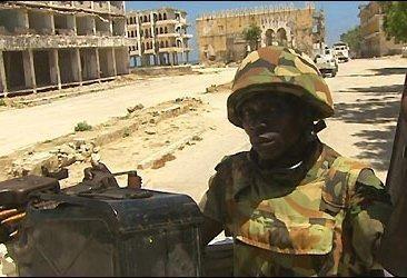 Somalyje per sukilėlių išpuolį žuvo apie 32 žmonės, tarp jų šeši parlamento nariai