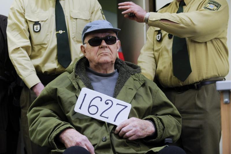 Mirė buvęs nacių mirties stovyklų sargybinis J.Demjanjukas