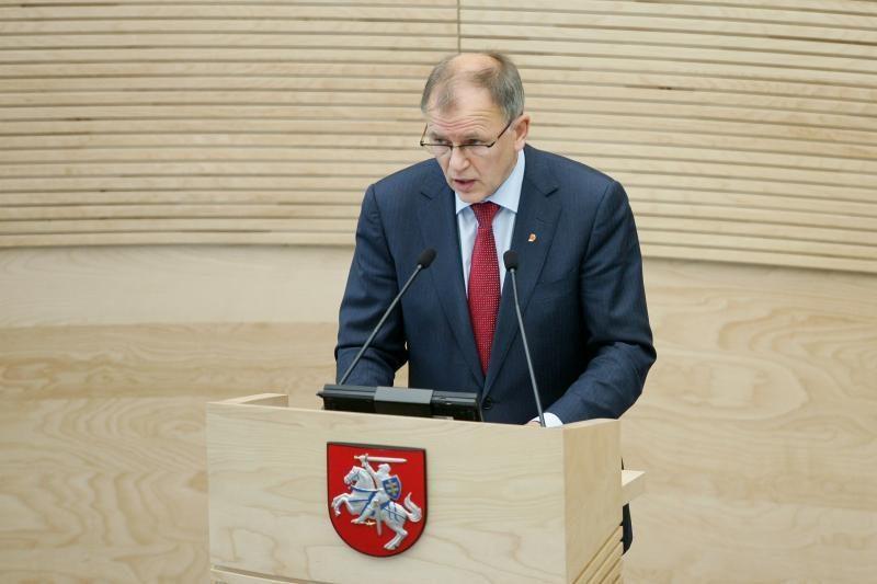 """""""Snore"""" paskolą turėjęs V.Andriukaitis: galiu atstovauti pareiškėjams"""