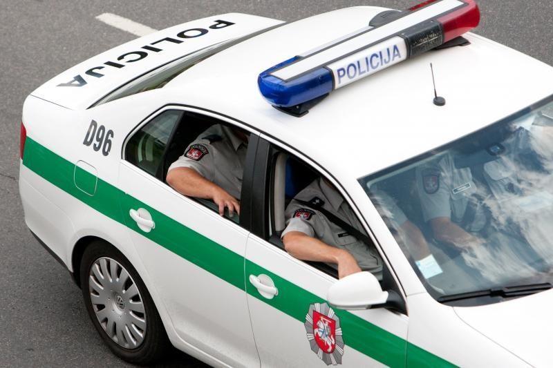 Į policiją pristatyta 12 neblaivių nepilnamečių
