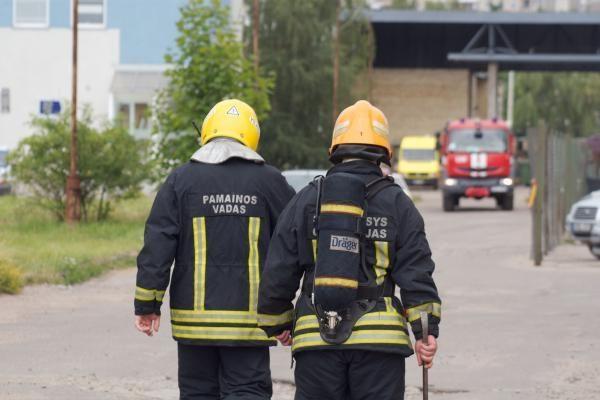 Ugniagesiai kitų metų biudžete papildomai prašo beveik 6 mln. litų