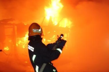 Per gaisrą Telšiuose žuvo vyriškis
